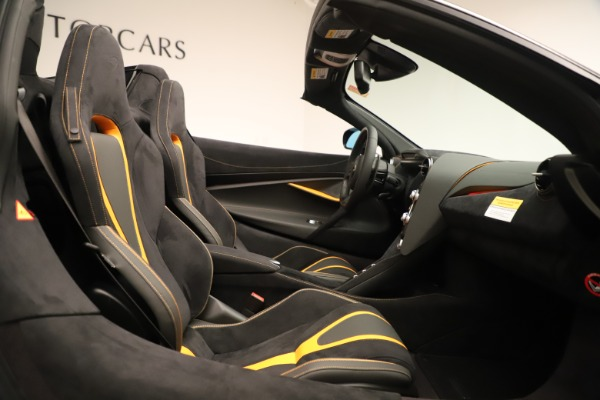 New 2020 McLaren 720S SPIDER Convertible for sale Sold at Aston Martin of Greenwich in Greenwich CT 06830 25