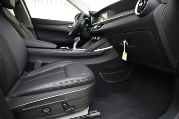 New 2019 Alfa Romeo Stelvio Ti Q4 for sale Sold at Aston Martin of Greenwich in Greenwich CT 06830 23