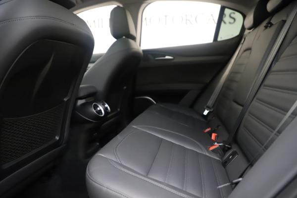 New 2019 Alfa Romeo Stelvio Ti Lusso Q4 for sale Sold at Aston Martin of Greenwich in Greenwich CT 06830 19