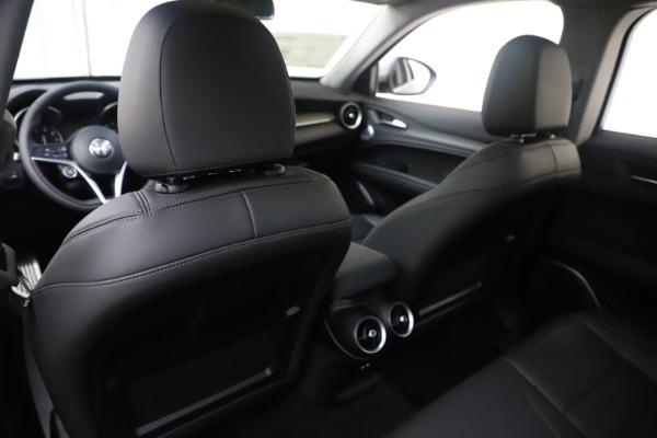 New 2019 Alfa Romeo Stelvio Ti Lusso Q4 for sale Sold at Aston Martin of Greenwich in Greenwich CT 06830 20