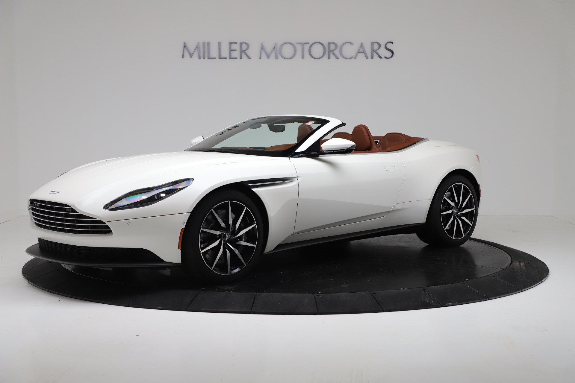 New 2019 Aston Martin Db11 V8 For Sale Special Pricing Aston Martin Of Greenwich Stock A1391