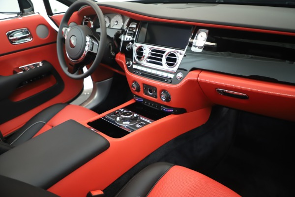 Used 2019 Rolls-Royce Dawn for sale $309,900 at Aston Martin of Greenwich in Greenwich CT 06830 23