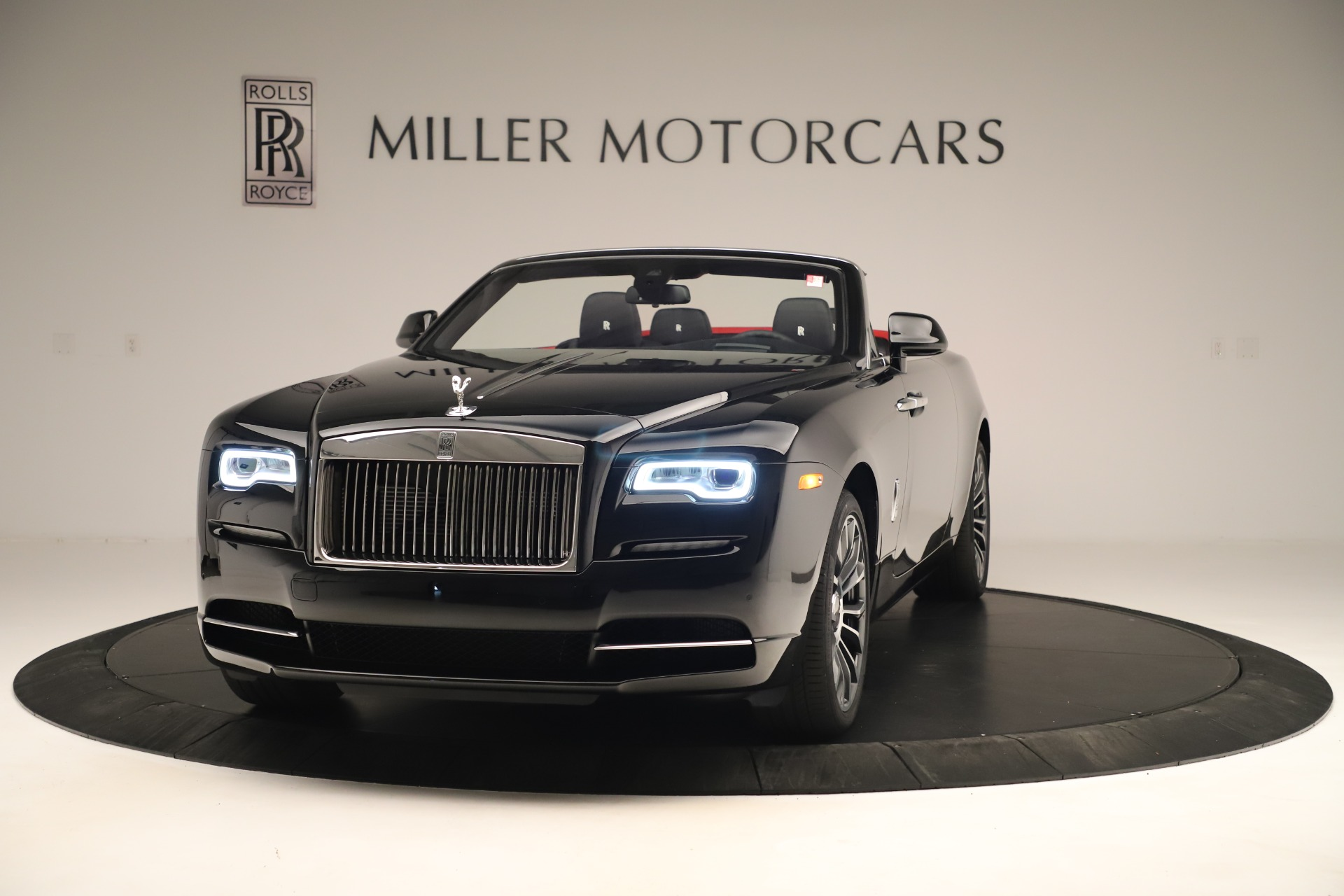 Used 2019 Rolls-Royce Dawn for sale $309,900 at Aston Martin of Greenwich in Greenwich CT 06830 1