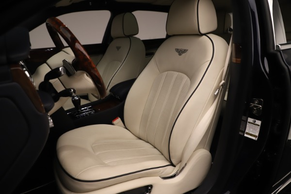 Used 2016 Bentley Mulsanne for sale $146,900 at Aston Martin of Greenwich in Greenwich CT 06830 19