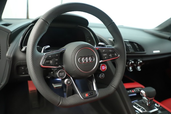 Used 2018 Audi R8 5.2 quattro V10 Plus for sale Sold at Aston Martin of Greenwich in Greenwich CT 06830 21