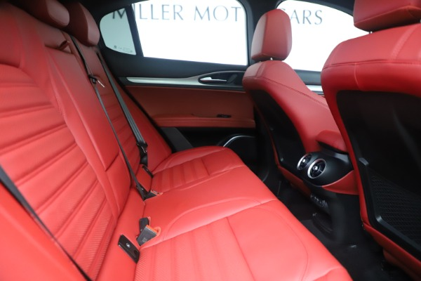 New 2019 Alfa Romeo Stelvio Ti Sport Q4 for sale Sold at Aston Martin of Greenwich in Greenwich CT 06830 27
