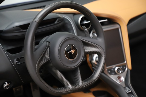 New 2020 McLaren 720S SPIDER Convertible for sale $374,830 at Aston Martin of Greenwich in Greenwich CT 06830 25