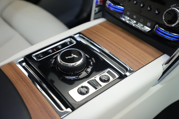 New 2019 Rolls-Royce Cullinan for sale Sold at Aston Martin of Greenwich in Greenwich CT 06830 21