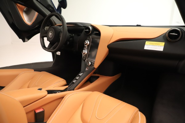 New 2020 McLaren 720S Spider Convertible for sale $372,250 at Aston Martin of Greenwich in Greenwich CT 06830 15