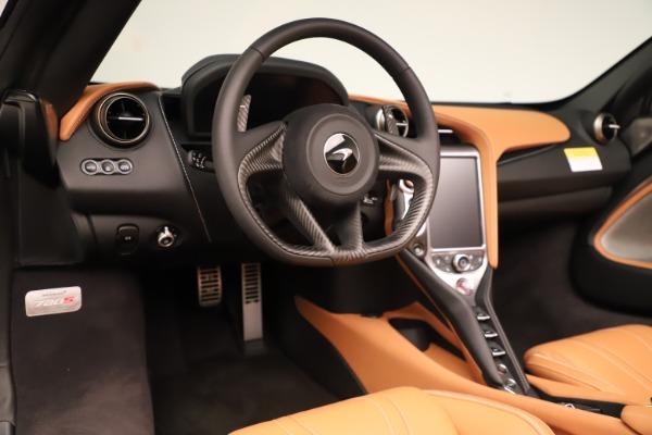 New 2020 McLaren 720S Spider Luxury for sale $372,250 at Aston Martin of Greenwich in Greenwich CT 06830 8