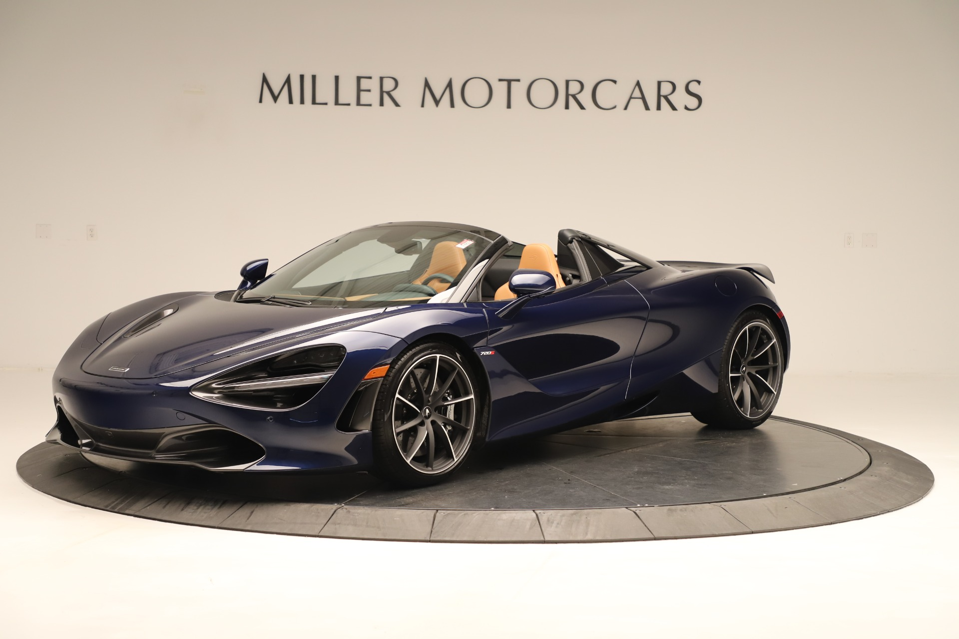 New 2020 McLaren 720S Spider Convertible for sale $372,250 at Aston Martin of Greenwich in Greenwich CT 06830 1