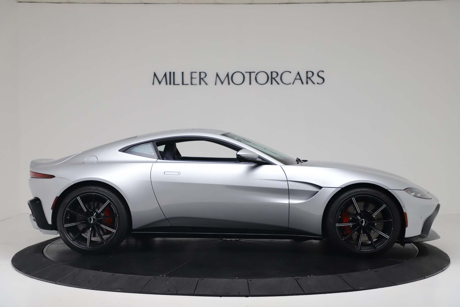 Pre Owned 2020 Aston Martin Vantage Coupe For Sale 207 072 Aston Martin Of Greenwich Stock A1397b