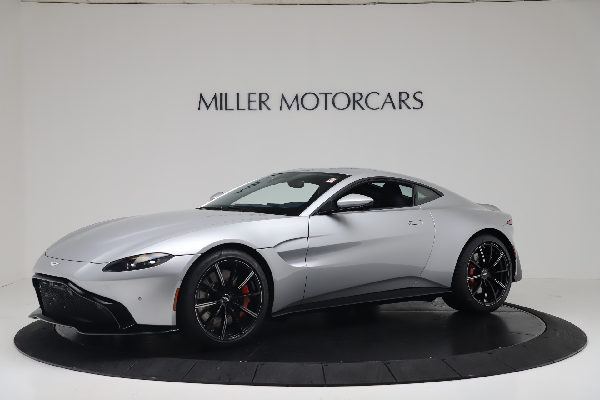 New 2020 Aston Martin Vantage Coupe for sale $207,072 at Aston Martin of Greenwich in Greenwich CT 06830 1