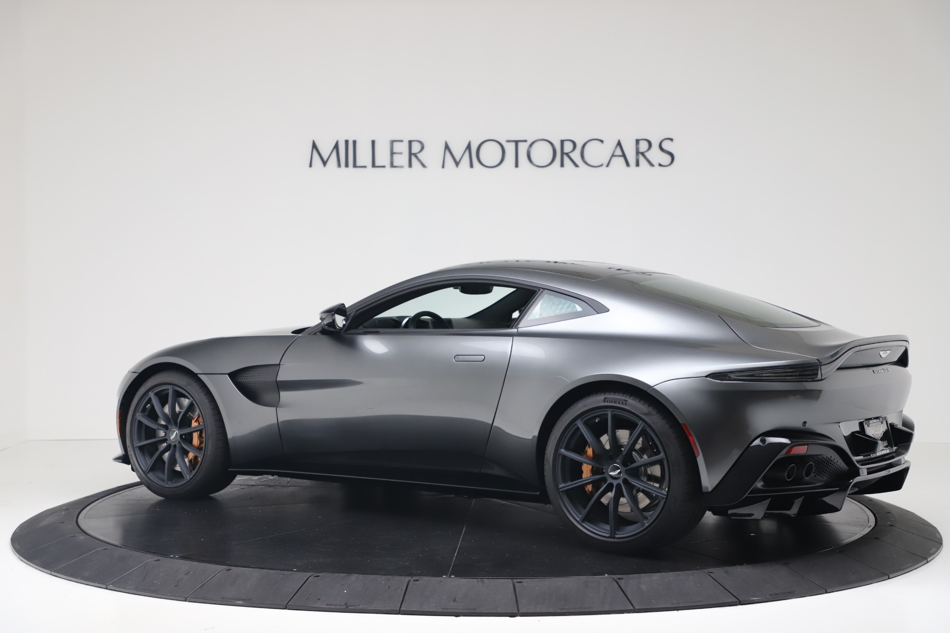 New 2020 Aston Martin Vantage Coupe For Sale 193 154 Aston Martin Of Greenwich Stock A1399