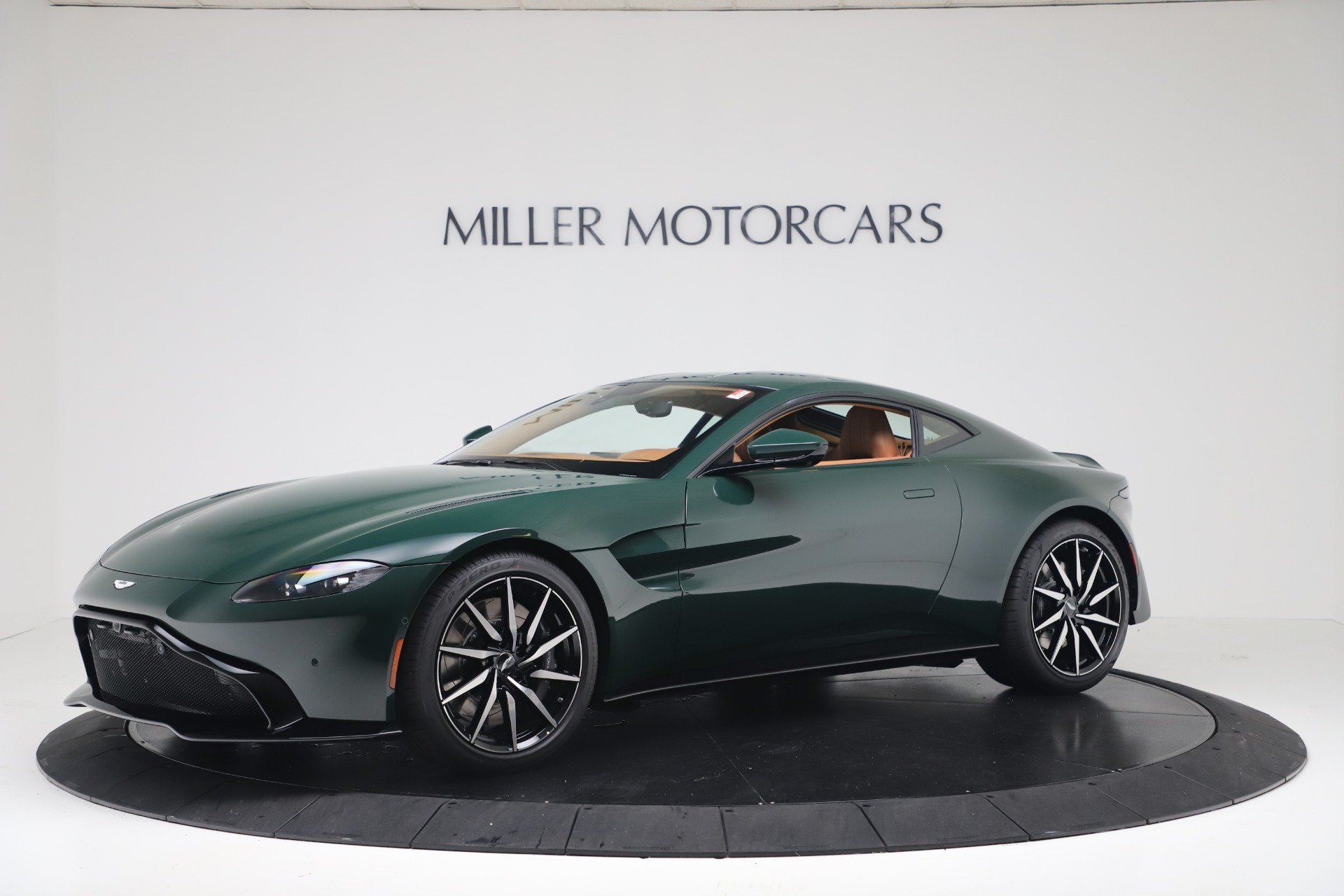 Used 2020 Aston Martin Vantage Coupe for sale $159,990 at Aston Martin of Greenwich in Greenwich CT 06830 1