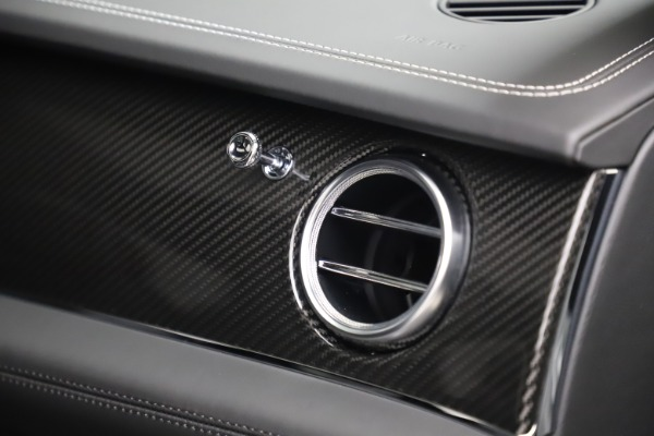 New 2020 Bentley Bentayga V8 for sale Sold at Aston Martin of Greenwich in Greenwich CT 06830 28