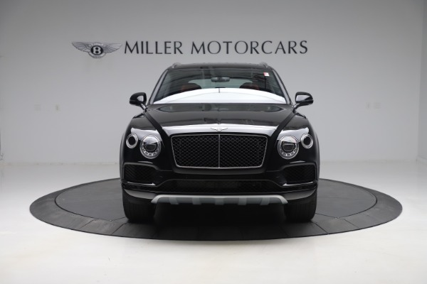 New 2020 Bentley Bentayga V8 for sale $181,250 at Aston Martin of Greenwich in Greenwich CT 06830 12