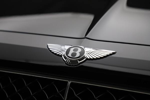 New 2020 Bentley Bentayga V8 for sale $181,250 at Aston Martin of Greenwich in Greenwich CT 06830 14