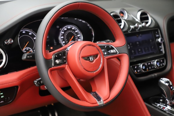 New 2020 Bentley Bentayga V8 for sale $181,250 at Aston Martin of Greenwich in Greenwich CT 06830 21