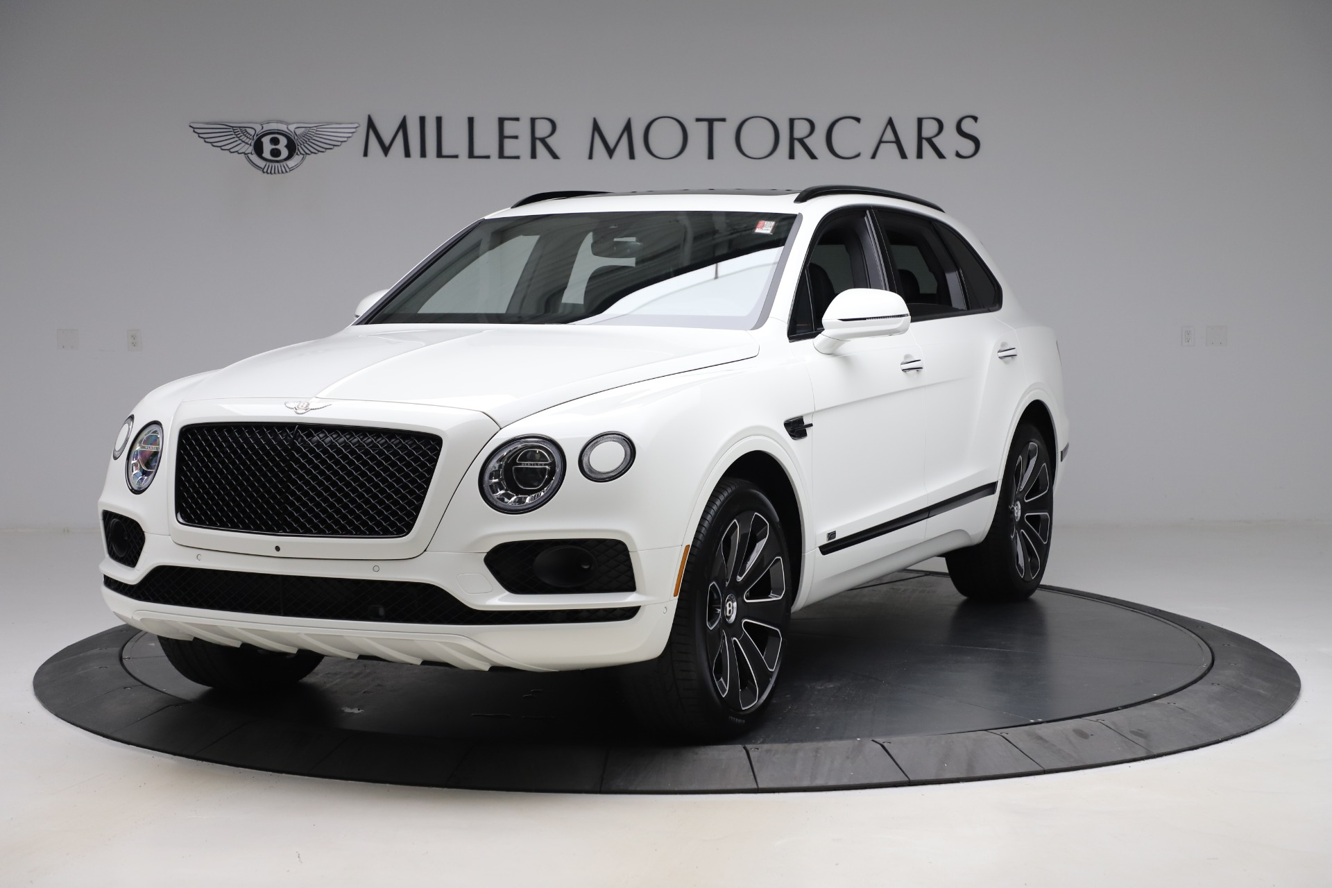 New 2020 Bentley Bentayga V8 Design Series for sale $216,860 at Aston Martin of Greenwich in Greenwich CT 06830 1