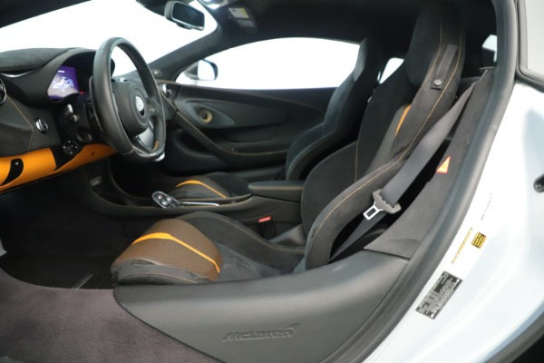 Used 2016 McLaren 570S Coupe for sale Call for price at Aston Martin of Greenwich in Greenwich CT 06830 14