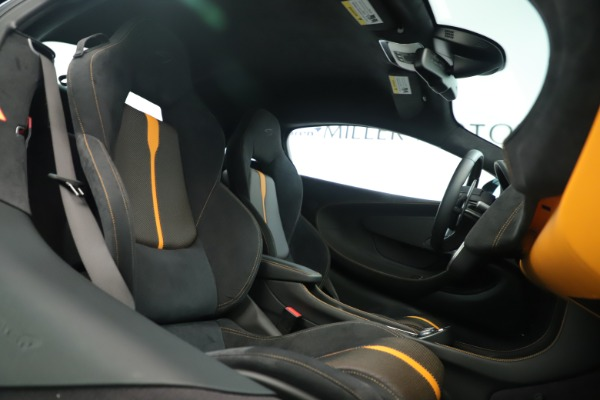 Used 2016 McLaren 570S Coupe for sale Call for price at Aston Martin of Greenwich in Greenwich CT 06830 18