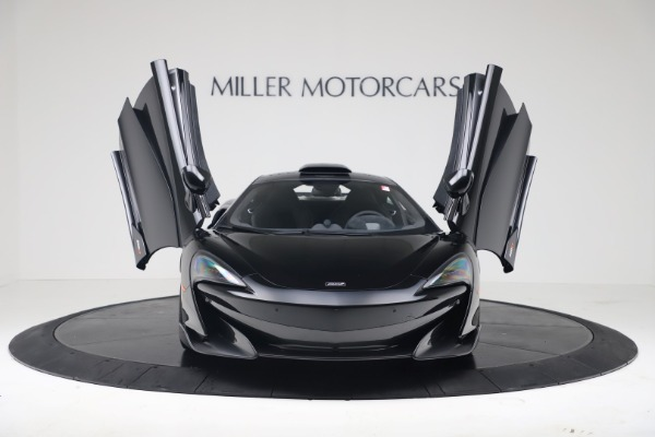 New 2019 McLaren 600LT Coupe for sale $305,639 at Aston Martin of Greenwich in Greenwich CT 06830 11