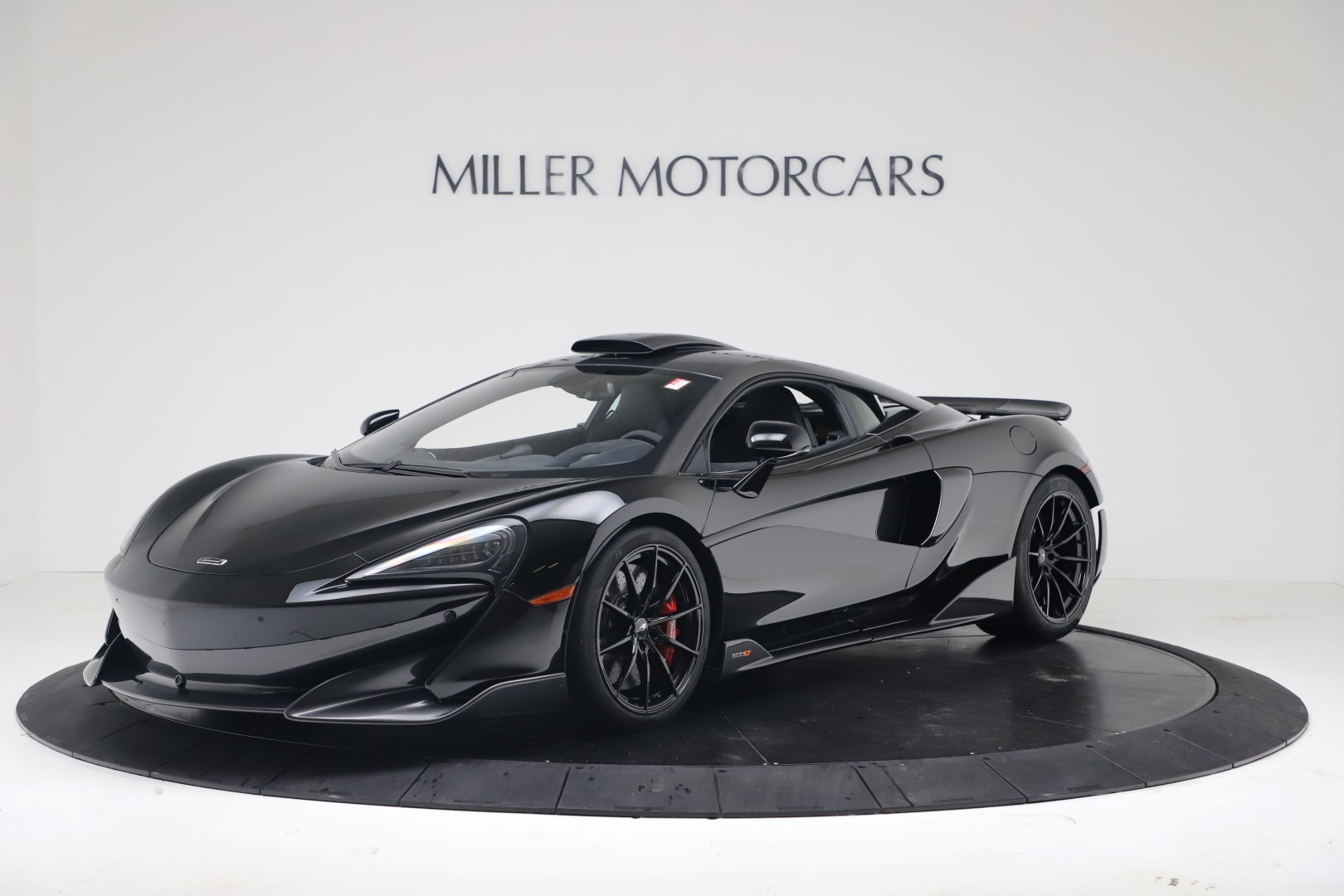 New 2019 McLaren 600LT Coupe for sale $305,639 at Aston Martin of Greenwich in Greenwich CT 06830 1