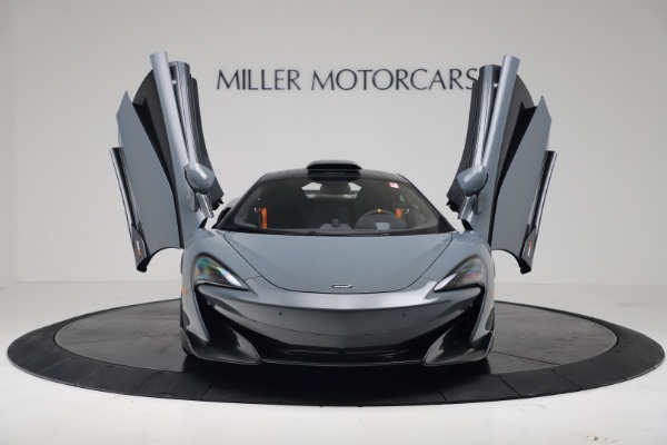 New 2019 McLaren 600LT for sale $311,619 at Aston Martin of Greenwich in Greenwich CT 06830 11