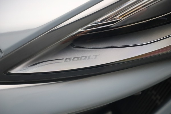 New 2019 McLaren 600LT for sale $311,619 at Aston Martin of Greenwich in Greenwich CT 06830 14