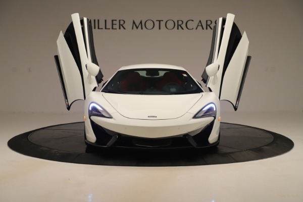 New 2020 McLaren 570S Coupe for sale $215,600 at Aston Martin of Greenwich in Greenwich CT 06830 12