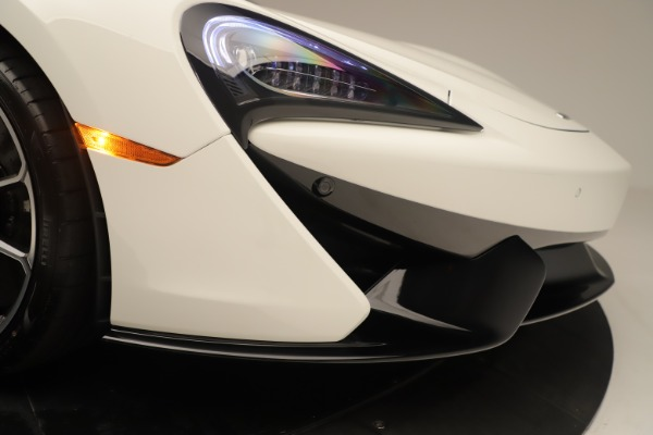 New 2020 McLaren 570S Coupe for sale $215,600 at Aston Martin of Greenwich in Greenwich CT 06830 22