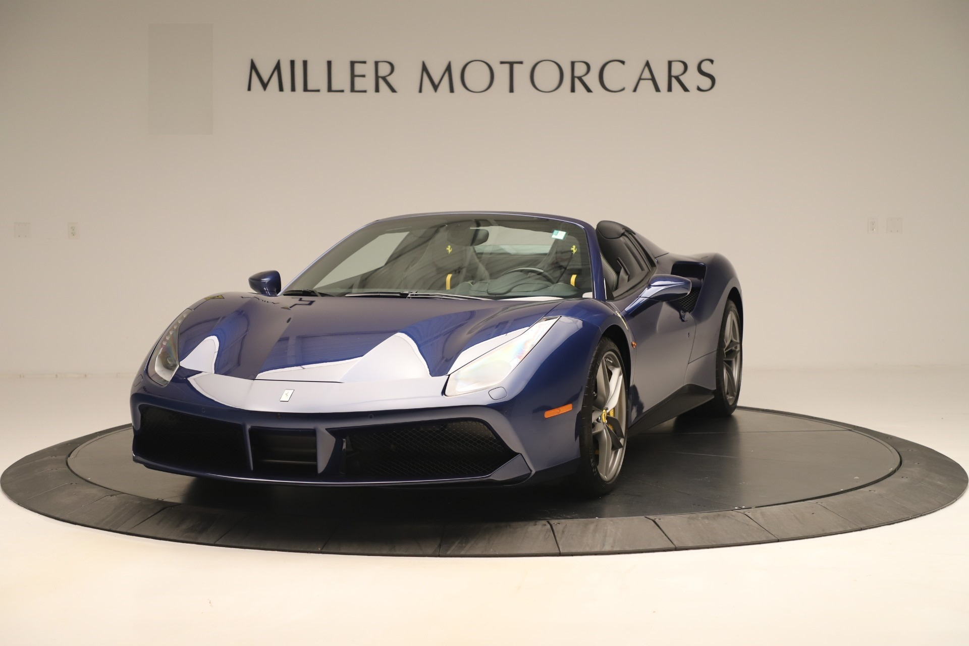 Used 2018 Ferrari 488 Spider for sale $289,900 at Aston Martin of Greenwich in Greenwich CT 06830 1