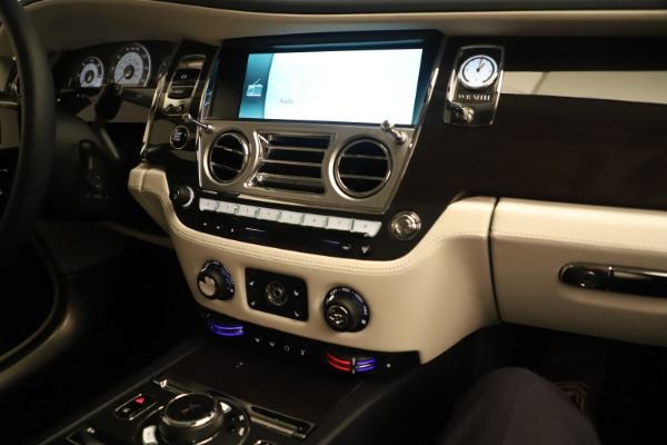 Used 2015 Rolls-Royce Wraith for sale Sold at Aston Martin of Greenwich in Greenwich CT 06830 24