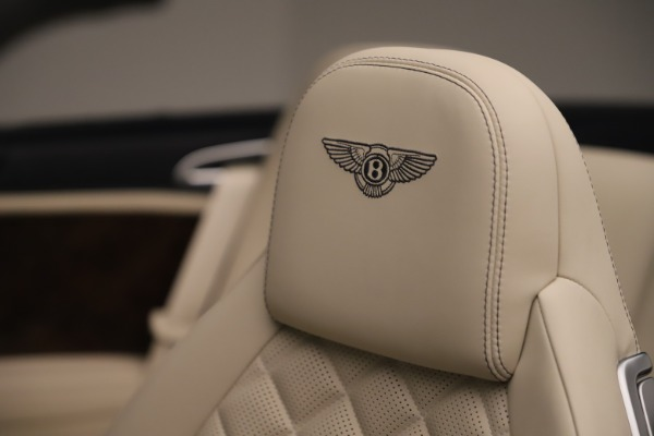 Used 2016 Bentley Continental GTC W12 for sale Sold at Aston Martin of Greenwich in Greenwich CT 06830 26