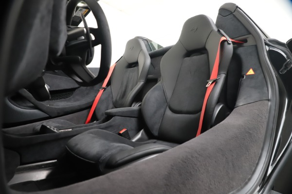 Used 2020 McLaren 600LT Spider for sale $249,900 at Aston Martin of Greenwich in Greenwich CT 06830 20