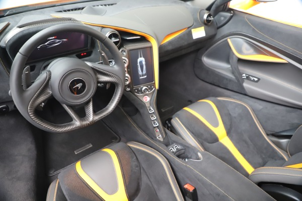 New 2020 McLaren 720S Spider Convertible for sale $374,440 at Aston Martin of Greenwich in Greenwich CT 06830 23