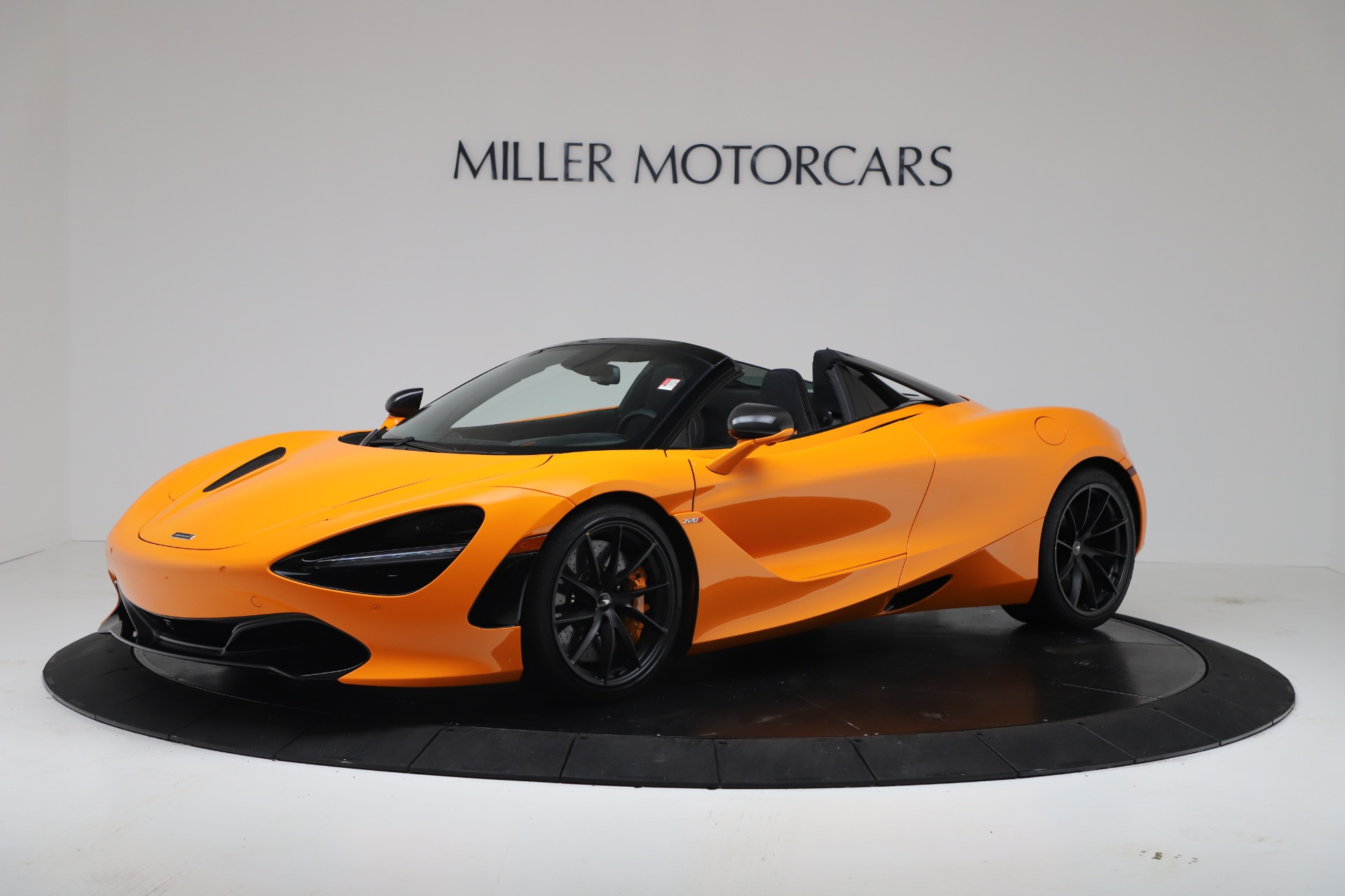 New 2020 McLaren 720S Spider Convertible for sale $374,440 at Aston Martin of Greenwich in Greenwich CT 06830 1