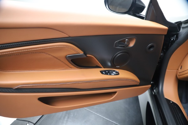 New 2020 Aston Martin DBS Superleggera Coupe for sale $371,006 at Aston Martin of Greenwich in Greenwich CT 06830 21