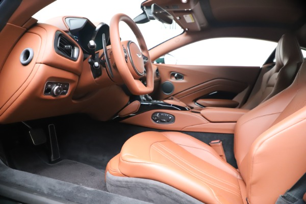 New 2020 Aston Martin Vantage Coupe for sale $191,684 at Aston Martin of Greenwich in Greenwich CT 06830 14