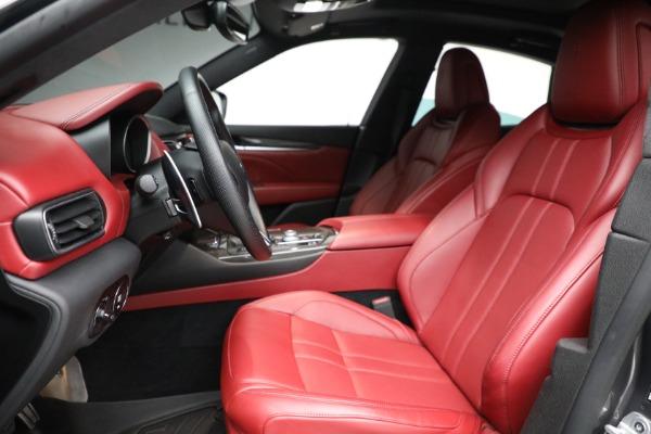 Used 2019 Maserati Levante Q4 GranSport for sale $69,900 at Aston Martin of Greenwich in Greenwich CT 06830 14