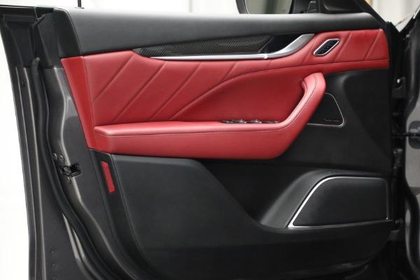 Used 2019 Maserati Levante Q4 GranSport for sale $69,900 at Aston Martin of Greenwich in Greenwich CT 06830 16