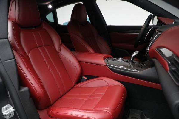 Used 2019 Maserati Levante Q4 GranSport for sale $69,900 at Aston Martin of Greenwich in Greenwich CT 06830 23