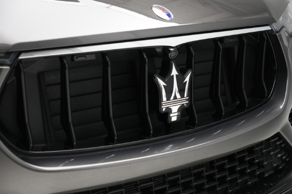 Used 2019 Maserati Levante Q4 GranSport for sale $69,900 at Aston Martin of Greenwich in Greenwich CT 06830 24
