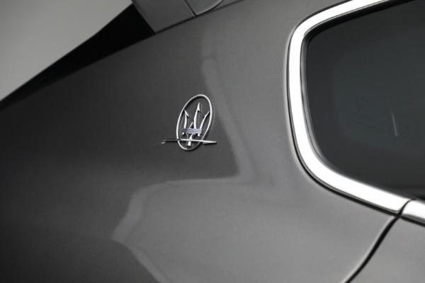 Used 2019 Maserati Levante Q4 GranSport for sale $69,900 at Aston Martin of Greenwich in Greenwich CT 06830 27