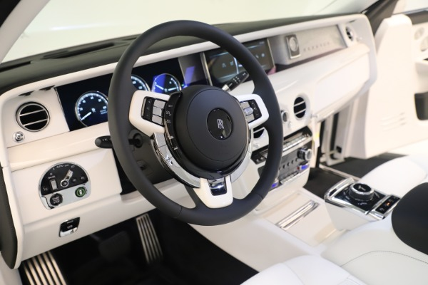 New 2020 Rolls-Royce Phantom for sale $545,200 at Aston Martin of Greenwich in Greenwich CT 06830 15
