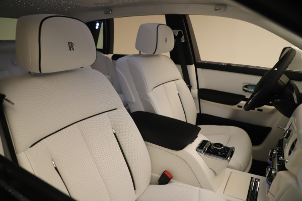 New 2020 Rolls-Royce Phantom for sale $545,200 at Aston Martin of Greenwich in Greenwich CT 06830 28