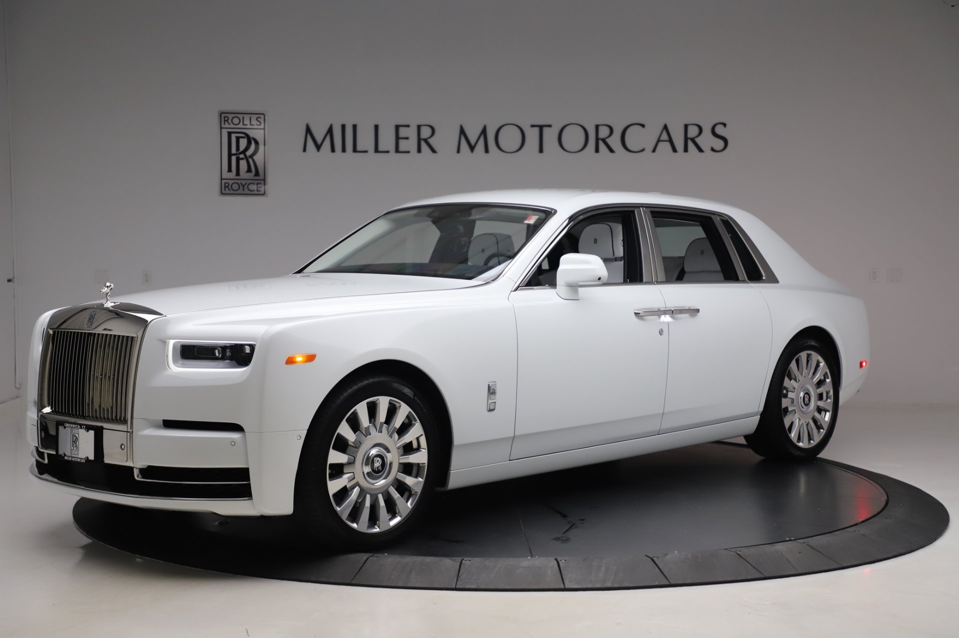 New 2020 Rolls-Royce Phantom for sale $545,200 at Aston Martin of Greenwich in Greenwich CT 06830 1