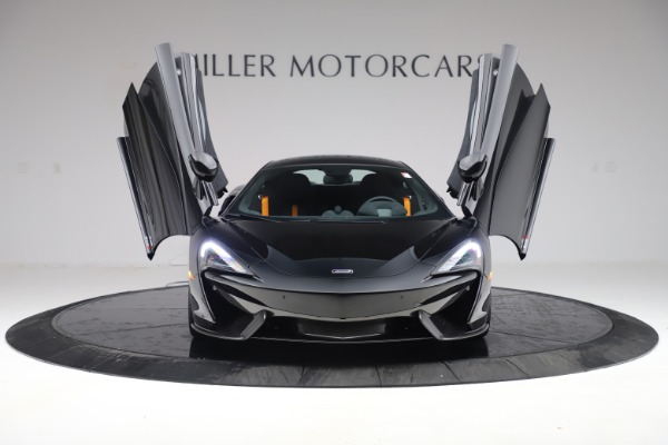 Used 2017 McLaren 570S Coupe for sale $161,900 at Aston Martin of Greenwich in Greenwich CT 06830 12
