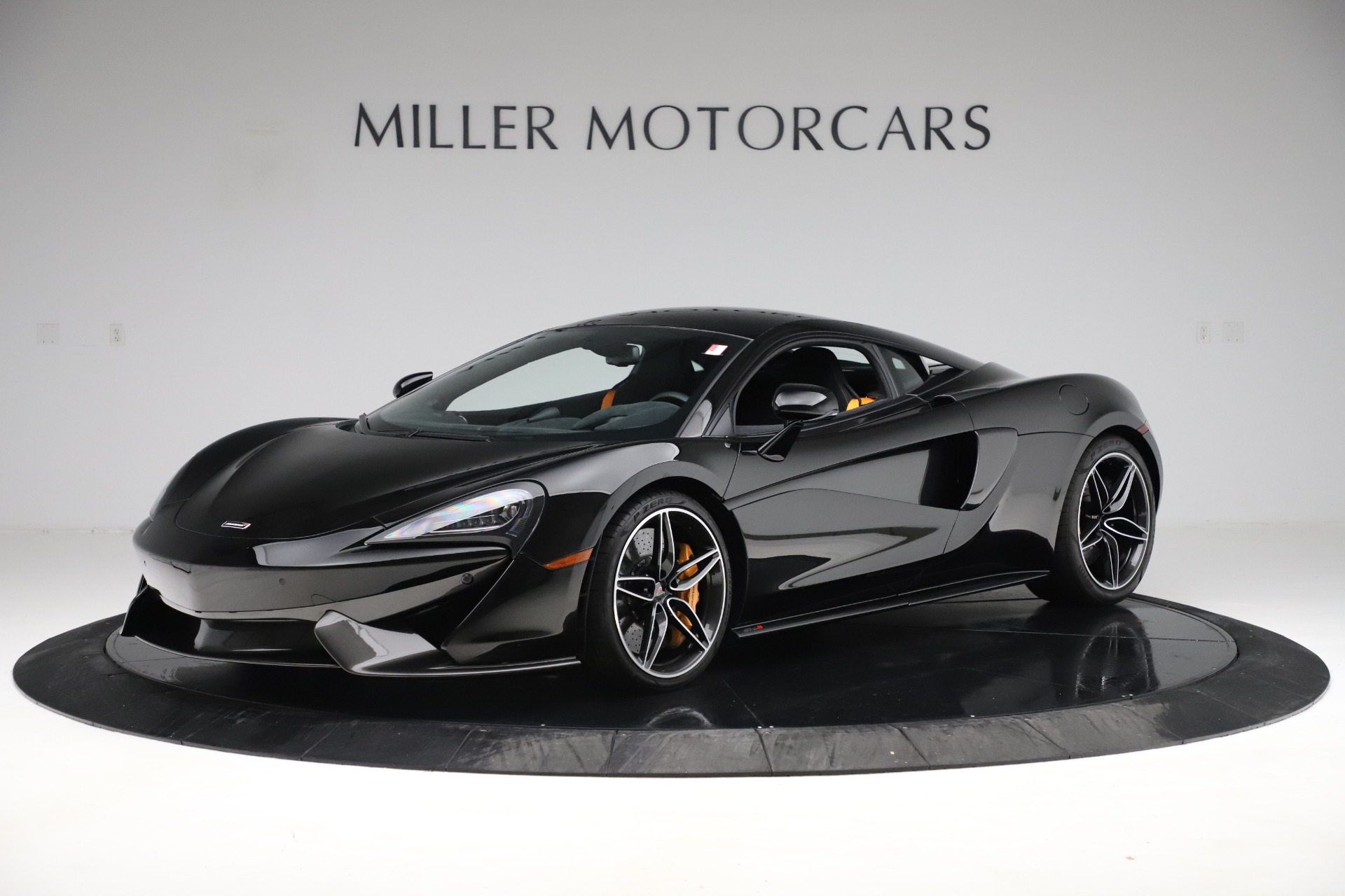 Used 2017 McLaren 570S Coupe for sale $161,900 at Aston Martin of Greenwich in Greenwich CT 06830 1